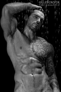 this man, eye candi, gill crofta, wet hair, stuart reardon, front doors, hot, men, paranormal romance