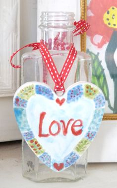 Love hanging heart by cottonnclay on Etsy, €10.00