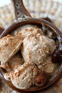 Cinnamon & Caramel Swirl Ice Cream