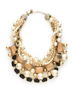 love a good statement necklace