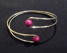 Simple & pretty beaded cuff  #handmade #jewelry #bracelet #wire_wrapping