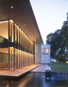 HB Design completed the Whitehouse Park house, located in Singapore.