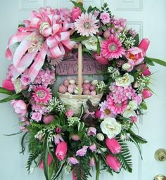 Easter wreath - so very pretty