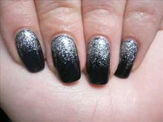 Stjärnfall nail tutorial - star fall / black and silver nail art glitter tutorial!