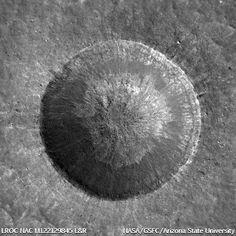 Lunar crater Linné, (27.7°N, 11.8°E)