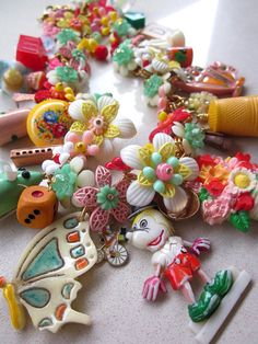 Vintage Toy Necklace Flower necklace Startment by rebecca3030,