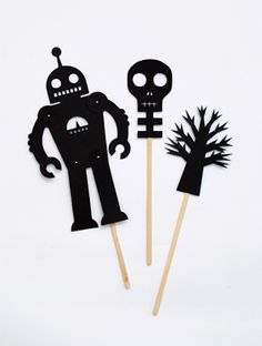 DIY FREE PRINTABLE: Shadow puppets