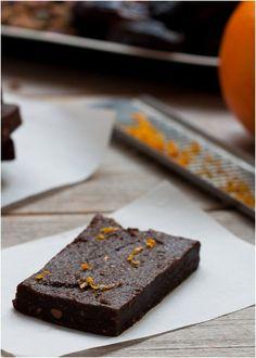 Homemade Spiced Chocolate Lara Bars