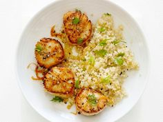 Food Network Magazine's Scallops with Citrus and Quinoa #Protein #Grains #MyPlate