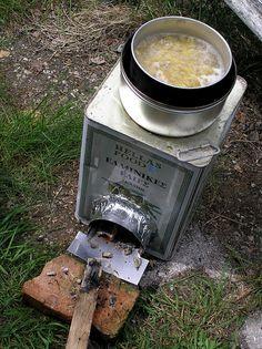 DIY rocket stove by Turukhtan, via Flickr