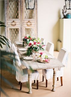 pink and romantic table decor