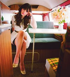 peopl, girl crushes, glitter shoes, style icon, white lace, zooeydeschanel, zooey deschanel, new girl, lace dresses