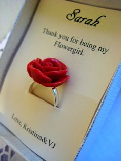 a gift for the flower girl...need to remember that :)