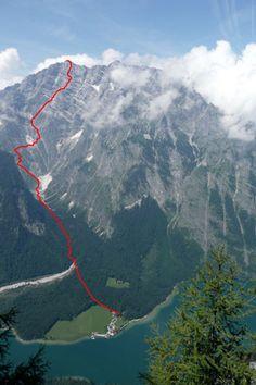 Die Watzmann-Ostwand mit dem Berchtesgadener Weg vom Feuerpalfen aus