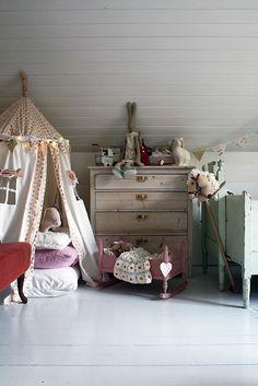little girls, tents, kidroom, girl bedrooms, kid rooms