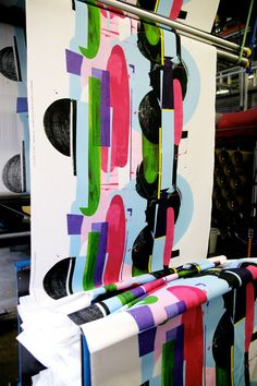 I don't know about you, but I've often wondered how Marimekko creates their vibrant fabrics. Since 1951, they've been making highly-recognizable and nostalgia-inducing patterns, which are printed at the Marimekko-house in Helsinki, Finland, the heart and soul of the company.
