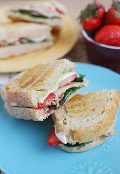 Balsamic Chicken and Strawberry Panini sandwich, strawberri panini, strawberri chicken, food, balsam chicken, paninis, balsamic chicken, panini recip, chicken panini