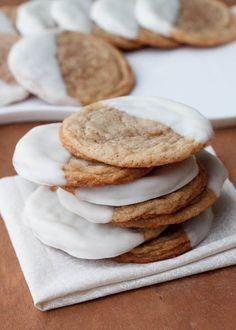brown sugar, chocolates, chocol dip, vanilla cookie, sweet treats