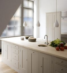 Plain English kitchen - we have one and we love them.