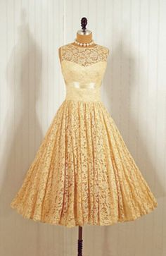 1950's dress is this a little OTT for my weekly shop ?  I love this style