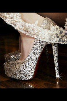 Bling shoes www.celebrationsbykat.com @Lindt_Chocolate #LindtTruffles @Influenster @InfluensterVox #Influenster #RoseVoxBox