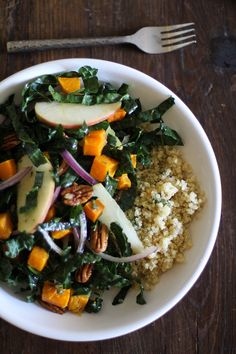 Roasted Butternut Squash Kale Salad with Orange-Sage Dressing | http://potluck.ohmyveggies.com/