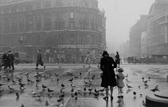 Picadilly Circus, 1940s