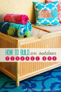 How to Build an Outdoor Storage Box #DIY #tutorial @whiletheysnooze