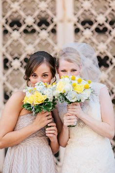 Maid of Honor and Bride picture idea
