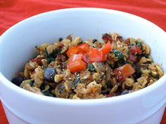 Cajun-Spiced Oatmeal with Red Pepper, Black Beans, and Spinach