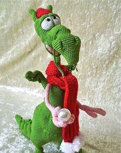 crochet dragon