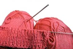 This page contains a selection of easy knitting patterns suitable for beginner knitters. I have included easy knitting patterns for hats, scarves,...
