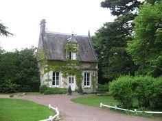 montbazon-en-touraine english cottage exterior, english cottages, farms, guest houses, place, dream houses, garden, dream cottage, gate