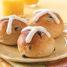 Easter Recipes - Hot Cross Buns
