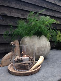 Stenen kruiken landelijke potten oud en nieuw rustic jars and pots - Decoratie stenen tuin ...