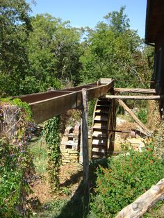 Waterwheel at Homestead Heritage Center grist mill.