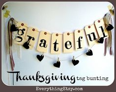 Thanksgiving Tag Bunting {DIY Holiday Home Decor} - EverythingEtsy.com #Thanksgiving
