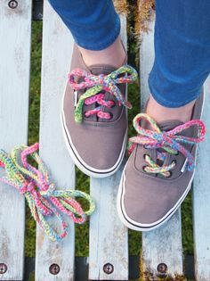 How to #Crochet Colorful Shoelaces by @molliemakes – a tutorial created for the Rainbow Laces campaign – challenging homophobia in football