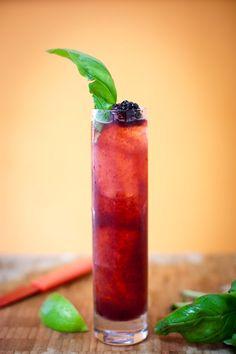Completely refreshing Blackberry Basil Crush. #food #drinks #cocktails #blackberry #basil #summer