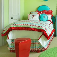 Serendipity Chevron Bedding from PoshTots- I wonder if they have this in purple!