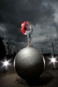 Natarajasana by martin prihoda on 500px -   #health #wellness #fitness #yoga #weightloss #wealth http://www.bewellandwealthy.org
