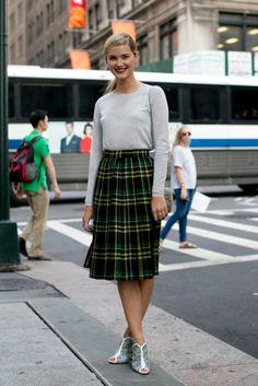 7 ways to wear your midi skirt midi skirts, midi skirt street style, plaid skirt