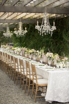 Beautiful for a wedding / tablesettings / tablescape