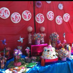 Candyland birthday party candy bar.