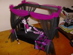 Monster high doll canopy bed diy