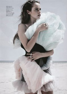 Extreme and Experimental Dressing: Viktor and Rolf