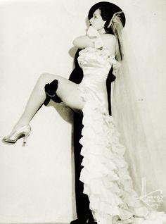 Burlesque dancer, Zorita c. 1940's