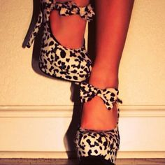 heels-leopard printed and bowed