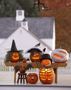 Halloween Pumpkin Decorating Ideas by @Gayle Roberts Merry Homes and Gardens stylist Karin Lidbeck!