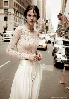 model, dreamy whites, white fashion, fashion styles, michael kors, outfit, fashion fall, aymelin valad, fashion shoots